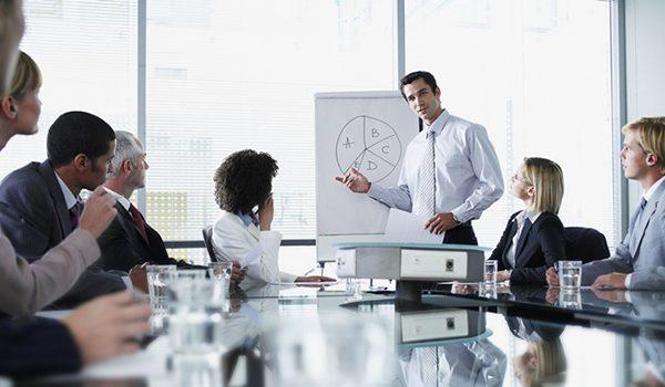 Người quản lý là gì? Mục tiêu và nhiệm vụ của người quản lý ra sao?