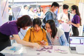 "Vieclam24h.vn dong hanh cung Ngay hoi Sinh vien va Doanh nghiep 2019 – ""Challenge the Challenges"" – dH Khoa hoc Tu nhien Tp.HCM"