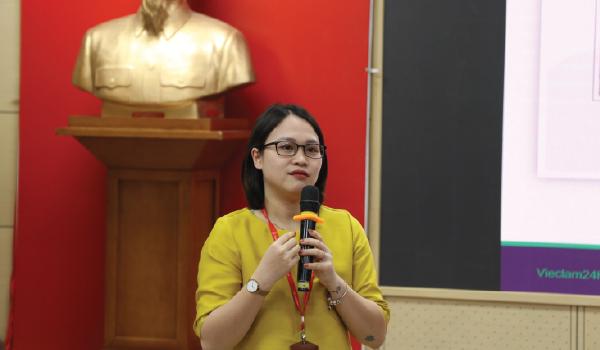 viec-lam-24h-dong-hanh-cung-su-kien-dinh-huong-nghe-nghiep-nganh-tai-chinh-finance-career-path-2020-tai-truong-dh-ngoai-thuong-ngay-13012020
